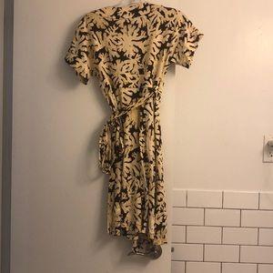 Diane Von Furstenberg Dresses - Diane Von Fustenberg Dress